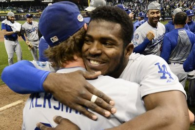 NLCS: Dodgers erupt past Brewers, face Red Sox in World Series