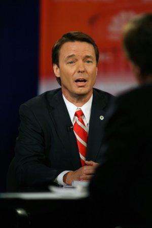 Clinton aide blames loss on Edwards denial