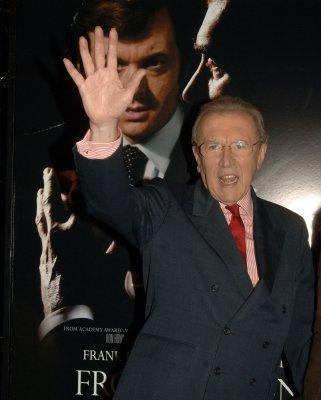 Howard: 'Frost/Nixon' suspenseful, funny