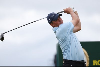 Jason Dufner leads CareerBuilder Challenge by one stroke
