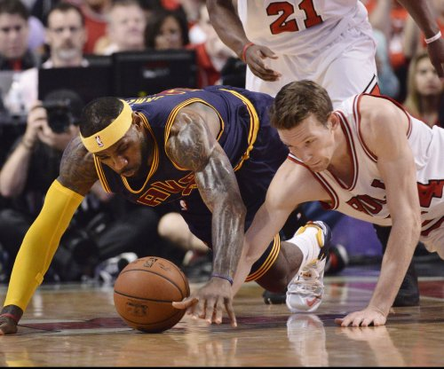 Chicago Bulls send Mike Dunleavy to D League for rehab