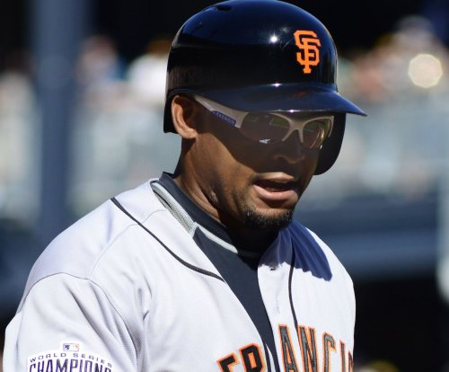 Cleveland Indians sign OF Marlon Byrd