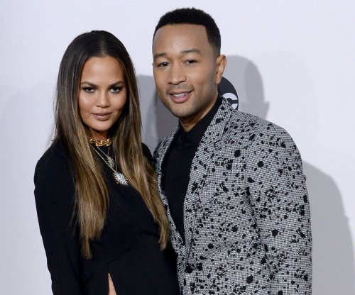 John Legend, Chrissy Teigen and Lena Dunham attend President Obama's farewell party
