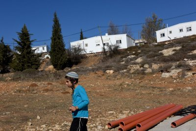 Israel approves more West Bank settlements