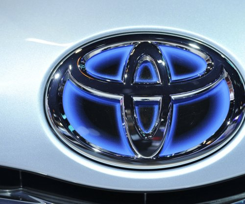 Toyota to invest $1B in Asian ride-sharing company Grab