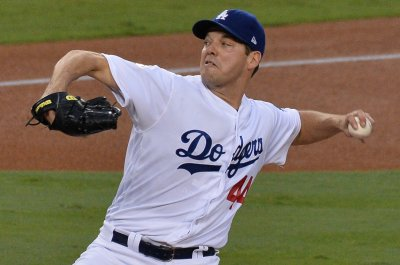Dodgers aim for second straight win over Padres