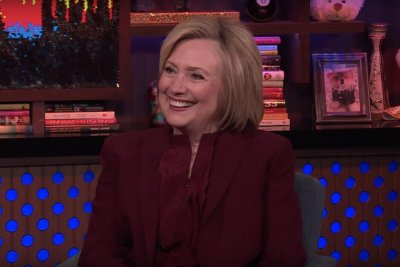 Hillary Clinton denies feud with Barbra Streisand: 'We're good friends'