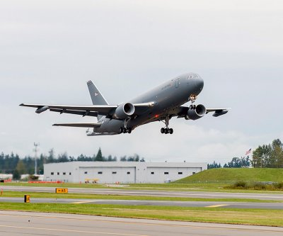 Boeing extends plant shutdowns in Washington state