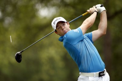 McIlroy back to No. 1 spot in golf