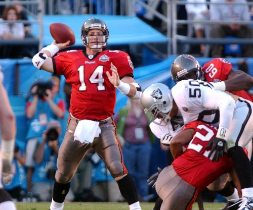 Former Bucs QB Brad Johnson paid $7500 to have balls deflated before Super Bowl XXVII