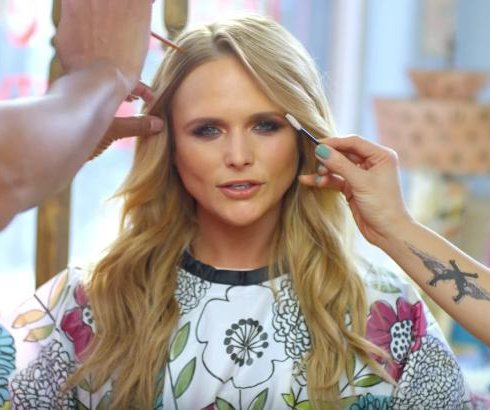 Miranda Lambert gets makeover in 'We Should Be Friends' video
