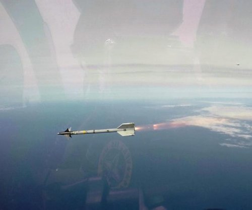 Raytheon receives contract for AIM-9X missiles