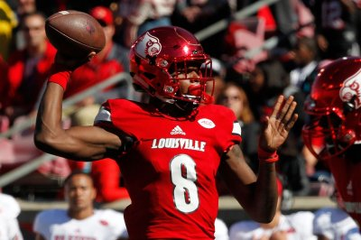 Top 25: Lamar Jackson, Louisville Cardinals jolt North Carolina Tar Heels