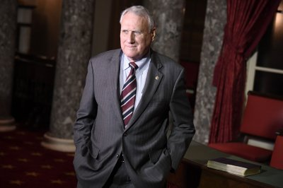 McCain successor Jon Kyl leaving Senate on Dec. 31