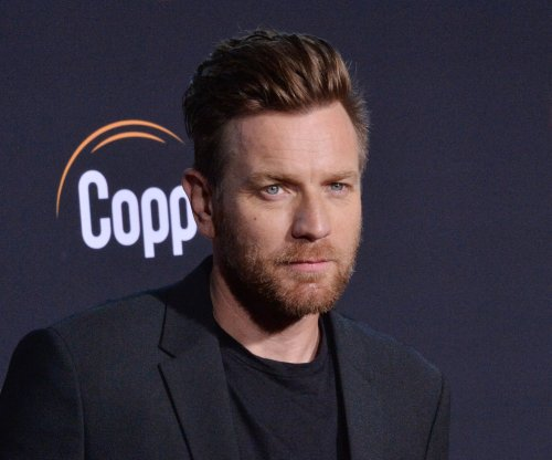 Ewan McGregor confirms Obi-Wan series at D23
