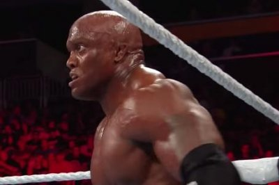 WWE Extreme Rules: Lashley defeats Reigns, Rousey attacks