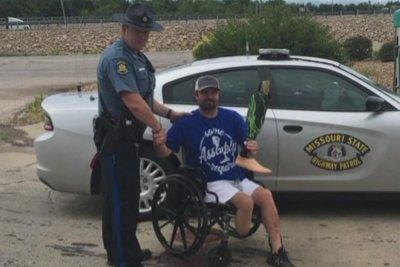 Missouri police diving team locates rafter's prosthetic leg