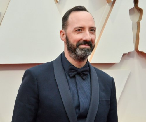 Tony Hale plays twins in 'The Mysterious Benedict Society' teaser
