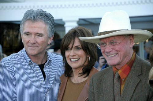 Hagman, Gray set for 'Dallas' pilot