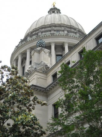 Mississippi legislature approves 'religious freedom' bill