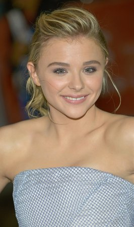 Chloe Grace Moretz to star in film adaptation of 'The 5th Wave'