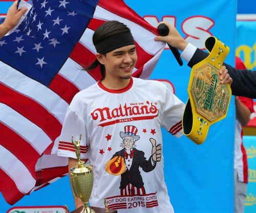 Stonie upsets Chestnut at Nathan's annual Hot Dog Eating Contest