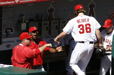 Jared Weaver pitches Los Angeles Angels to win over Texas Rangers
