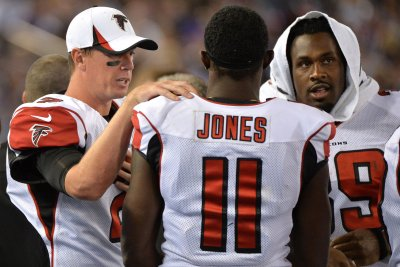 Julio Jones, Matt Ryan working to keep Atlanta Falcons offense on same page