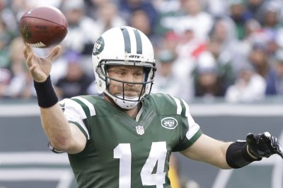 New York Jets stick with interception-prone Ryan Fitzpatrick at QB