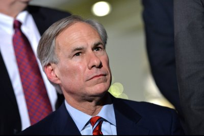 Texas governor rips NFL over bathroom-bill threat