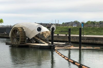 Baltimore's Mr. Trash Wheel earns Guinness record for cleaning river