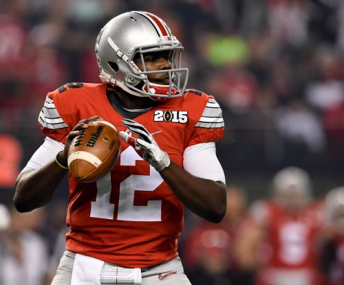 Ohio State QB Jones returning to school