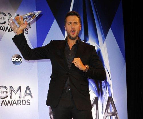 Luke Bryan, Chris Stapleton, Miranda Lambert win big at the CMA Awards; Carrie Underwood stuns in low-cut gown