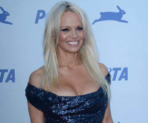 Pamela Anderson reveals she's cured of Hepatitis C