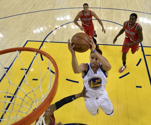 Golden State Warriors, minus Kevin Durant, lock down Portland Trail Blazers in Game 2 win