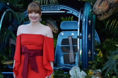 Bryce Dallas Howard named 2019 Hasty Pudding Woman of the Year