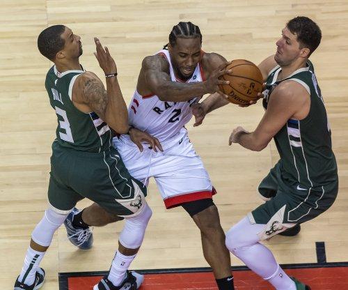 Kawhi Leonard, Toronto Raptors defeat Milwaukee Bucks in double overtime