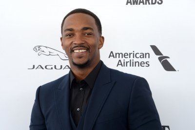 Anthony Mackie to star in Netflix's 'Outside the Wire'