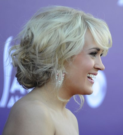 Carrie Underwood to sing 'Sunday Night Football' theme