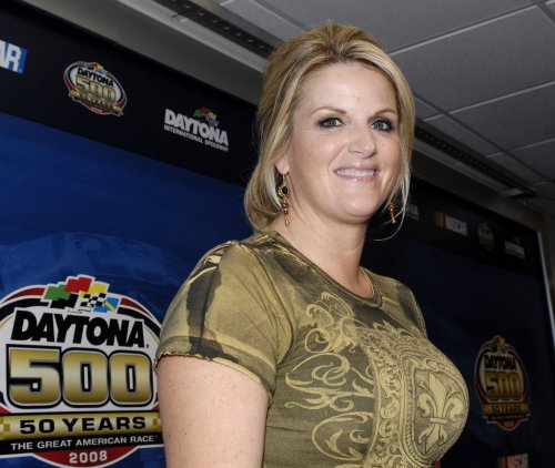 Trisha Yearwood and Garth Brooks working on a new album