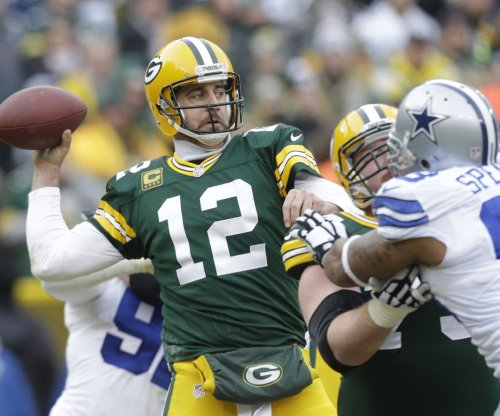 Green Bay Packers' Rodgers wins 2nd MVP award