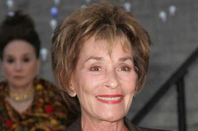 Judy Sheindlin renews 'Judge Judy' contract through 2020