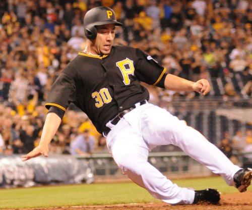 Travis Ishikawa knocks in four, Pittsburgh Pirates top Kansas City Royals