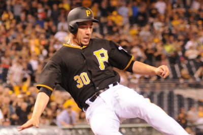 Travis Ishikawa knocks in four, Pittsburgh Pirates top Kansas City Royals