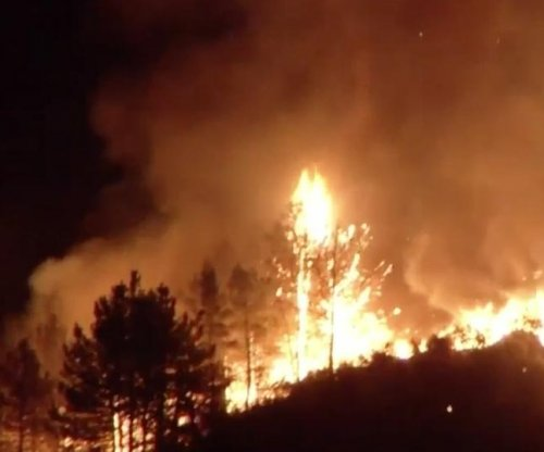Sand Fire burns through more than 11,000 acres in So. California