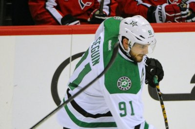 Tyler Seguin carries Dallas Stars past struggling Colorado Avalanche