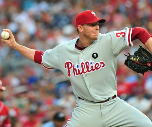 Former MLB star Roy Halladay dies in plane crash in Gulf of Mexico