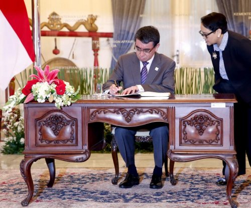 Japan, Indonesia to cooperate on islands near South China Sea