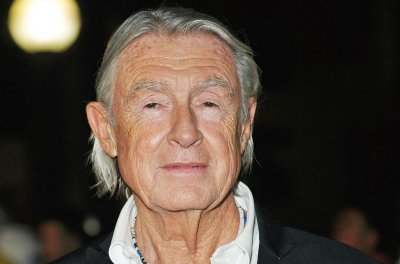 Director Joel Schumacher dies at 80