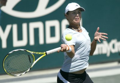 Medina Garrigues makes Morocco 2nd round